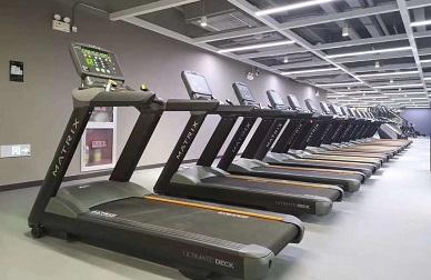 乔山最新五星级酒店健身房配置